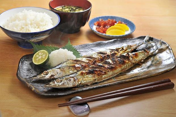 4 nguyên tắc ăn tối đặc biệt mà người Nhật áp dụng để đảm bảo không bị béo phì, tuổi thọ luôn trong top 1 thế giới - Ảnh 3.