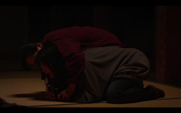 Cơn ám ảnh thảm họa sóng thần 2011 của người Nhật được làm thành phim vừa rợn gáy - vừa đau thắt lòng - Ảnh 14.