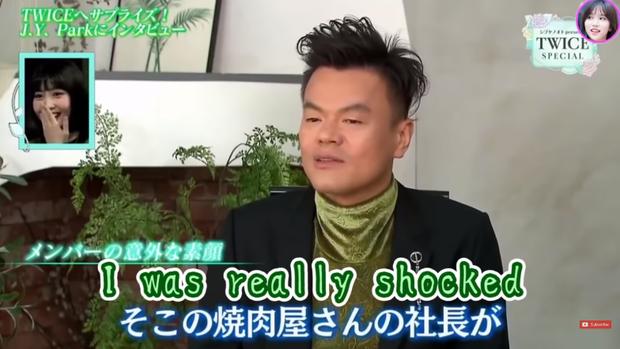 JYP tiết lộ sự thật gây sốc về Momo (TWICE): sức ăn còn hơn cả hai người đàn ông, đến chủ quán cũng kinh ngạc - Ảnh 2.
