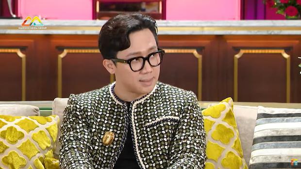Lần đầu Trấn Thành kể chuyện cưa đổ Hari Won chỉ sau 3 buổi, sự thật đằng sau ảnh paparazzi hôn nhau ở vỉa hè 4 năm trước - Ảnh 2.