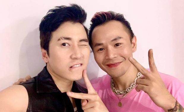 Trước giờ G vòng Đối đầu của team Binz, Karik đăng ảnh selfie khẳng định: Lịch sử Rap Việt sẽ xảy ra vào tối nay! - Ảnh 2.