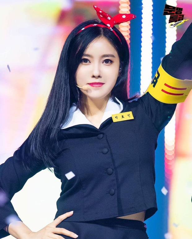T-ara bất ngờ mang hit Roly Poly lên sân khấu, fan hoài niệm về thời kỳ hoàng kim đỉnh cao nhưng đầy tiếc nuối của nhóm - Ảnh 3.