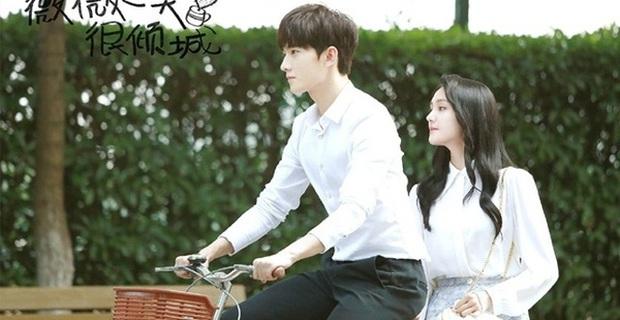 Dương Dương - Địch Lệ Nhiệt Ba diện đồ học sinh cực yêu ở phim trường nhưng netizen lại réo tên Trịnh Sảng - Ảnh 8.