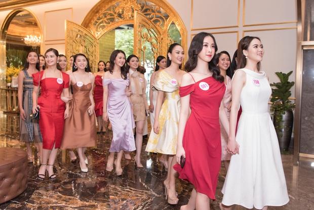 Top 60 Hoa hậu Việt Nam 2020 lần đầu hội ngộ đông đủ, đọ sắc cực gắt cùng khung hình: Nhìn là hiểu đấu trường visual năm nay đáng gờm thế nào! - Ảnh 3.
