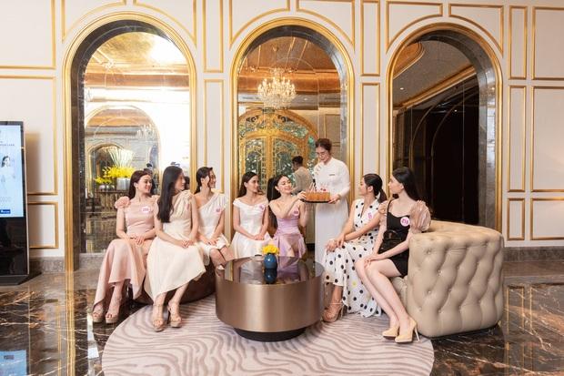 Top 60 Hoa hậu Việt Nam 2020 lần đầu hội ngộ đông đủ, đọ sắc cực gắt cùng khung hình: Nhìn là hiểu đấu trường visual năm nay đáng gờm thế nào! - Ảnh 4.