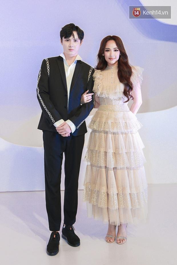 Linh Ka lần đầu diện váy xẻ ngực hun hút chặt đẹp các đàn chị, Quỳnh Anh Shyn - Đức Phúc đọ tóc dự show Chung Thanh Phong - Ảnh 18.