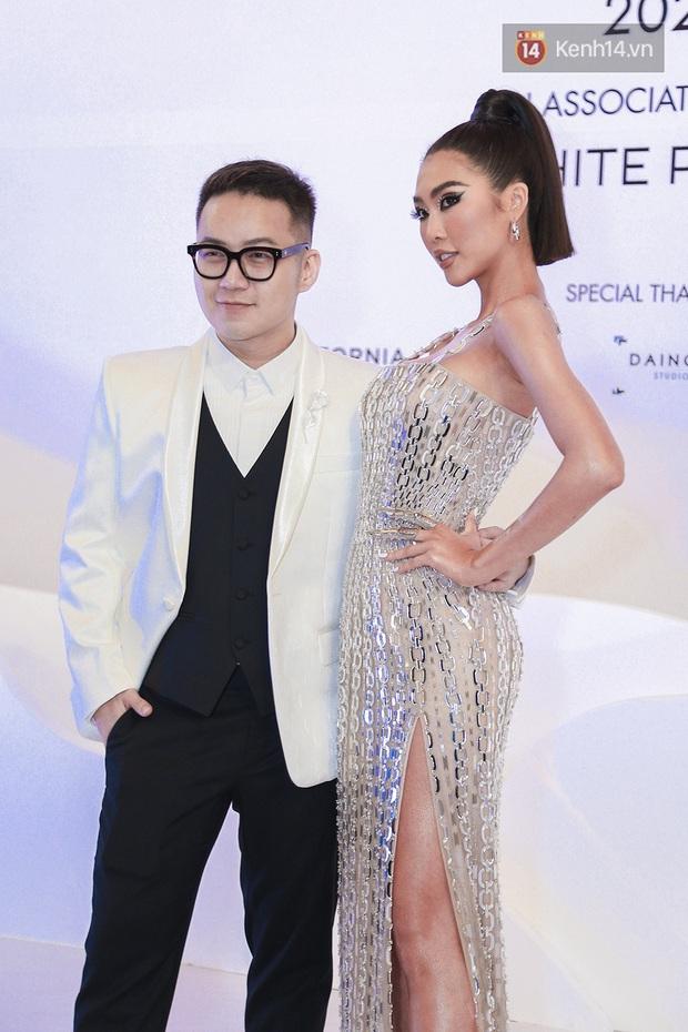 Linh Ka lần đầu diện váy xẻ ngực hun hút chặt đẹp các đàn chị, Quỳnh Anh Shyn - Đức Phúc đọ tóc dự show Chung Thanh Phong - Ảnh 11.