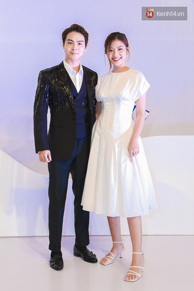 Linh Ka lần đầu diện váy xẻ ngực hun hút chặt đẹp các đàn chị, Quỳnh Anh Shyn - Đức Phúc đọ tóc dự show Chung Thanh Phong - Ảnh 17.