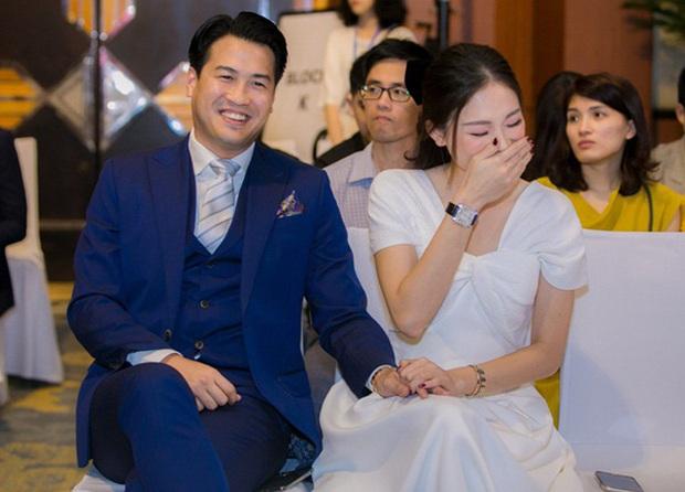 Linh Rin tung tin nhắn được Phillip Nguyễn dỗ ngọt khi giận hờn, vô tình lộ tên đặc biệt cho bạn trai đại gia trong danh bạ - Ảnh 3.
