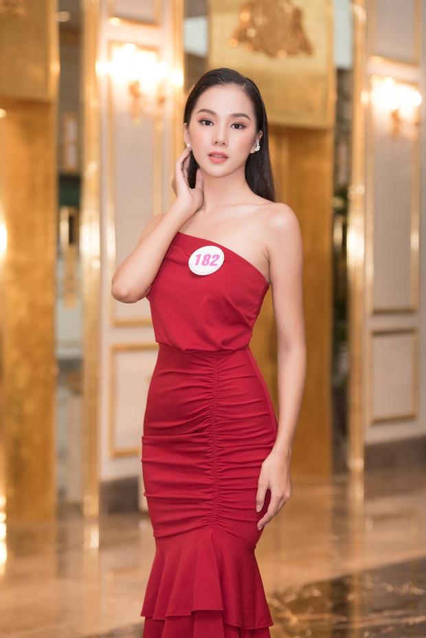 Top 60 Hoa hậu Việt Nam 2020 lần đầu hội ngộ đông đủ, đọ sắc cực gắt cùng khung hình: Nhìn là hiểu đấu trường visual năm nay đáng gờm thế nào! - Ảnh 13.