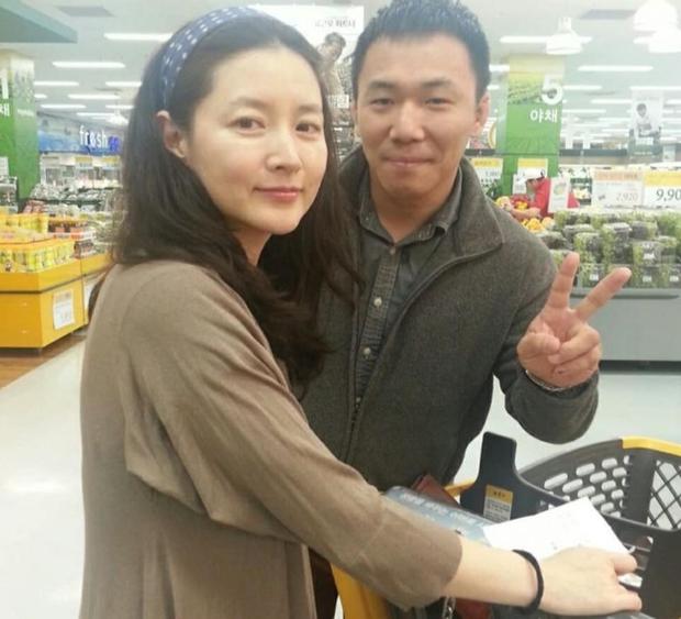 Mặt mộc 100% lộ nhan sắc thật của Dae Jang Geum Lee Young Ae: Dấu hiệu lão hoá rõ rệt nhưng vẫn được khen hết lời? - Ảnh 3.