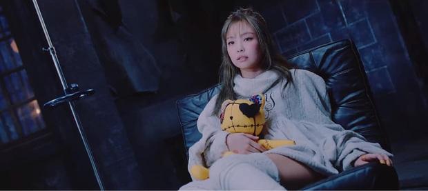 Lovesick Girls - Từ bỏ công thức tạo hit quen thuộc, BLACKPINK còn lại gì? - Ảnh 9.