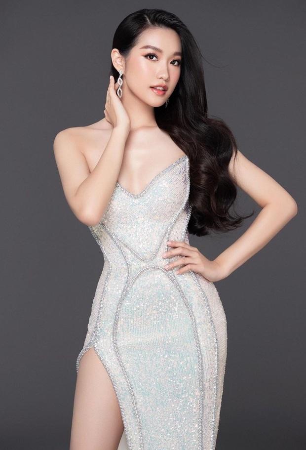 HOT: Rộ tin Văn Hậu hẹn hò thí sinh hot nhất Hoa hậu Việt Nam 2020, động thái lạ nói lên tất cả? - Ảnh 5.