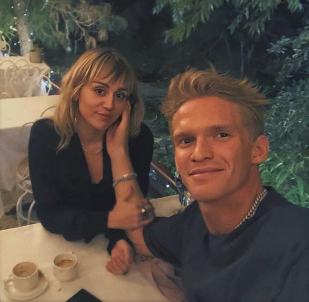 Mật báo Hollywood: Beckham muốn ly hôn vì vợ là bợm rượu, Kim lo bị Kanye bóc trần bí mật động trời, Miley ép Liam quay lại? - Ảnh 6.