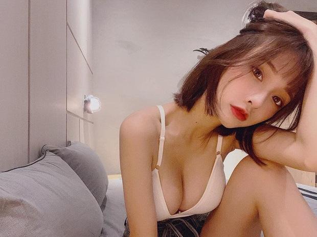 Lộ clip nóng với bạn trai YouTuber nổi tiếng, hot girl xinh đẹp bất ngờ được fan động viên, ủng hộ - Ảnh 6.