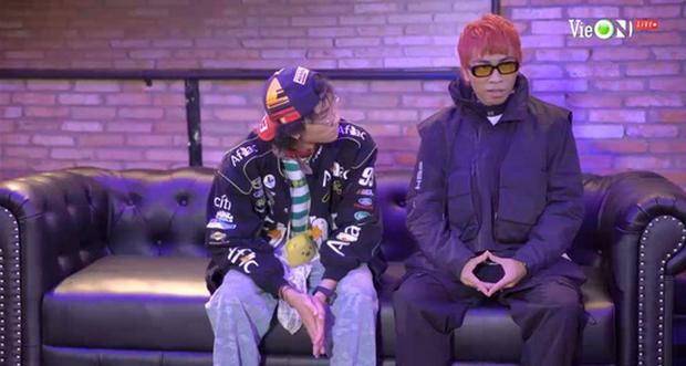 Thành Draw và RPT Gonzo mở đầu đêm nhạc retro team Binz với ca khúc kinh điển của cố nhạc sĩ Trịnh Công Sơn - Ảnh 2.