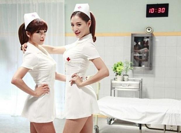 Hot nhất Dispatch hôm nay: Jennie (BLACKPINK) bị y tá xịn chỉ trích vì diện mạo trong MV mới, nổ ra bão tranh cãi dữ dội - Ảnh 6.