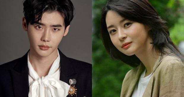 Knet sốc nặng vì ảnh quá khứ của mỹ nhân Itaewon Class: Tình tin đồn của Lee Jong Suk đập mặt đi xây lại hay gì? - Ảnh 9.