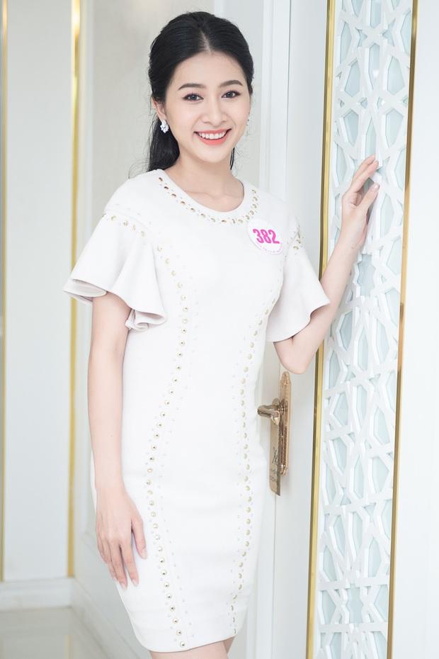 Top 60 Hoa hậu Việt Nam 2020 lần đầu hội ngộ đông đủ, đọ sắc cực gắt cùng khung hình: Nhìn là hiểu đấu trường visual năm nay đáng gờm thế nào! - Ảnh 12.