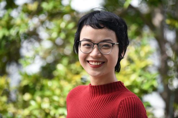 Hành trình 1 năm 4 tháng chiến đấu với ung thư vú của nữ sinh Ngoại Thương: Mình đã tốt nghiệp Bệnh viện K - Ảnh 2.