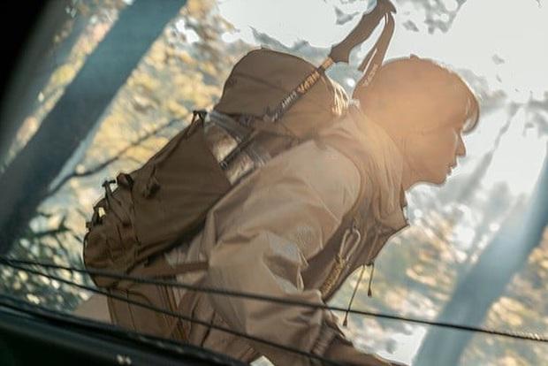 Mợ chảnh Jeon Ji Hyun đẹp siêu thực nhưng vẫn thua sống mũi cao như núi của Joo Ji Hoon ở phim mới - Ảnh 1.
