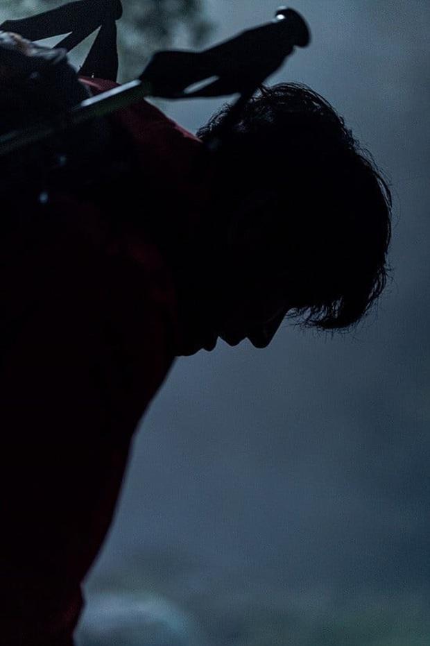 Mợ chảnh Jeon Ji Hyun đẹp siêu thực nhưng vẫn thua sống mũi cao như núi của Joo Ji Hoon ở phim mới - Ảnh 2.