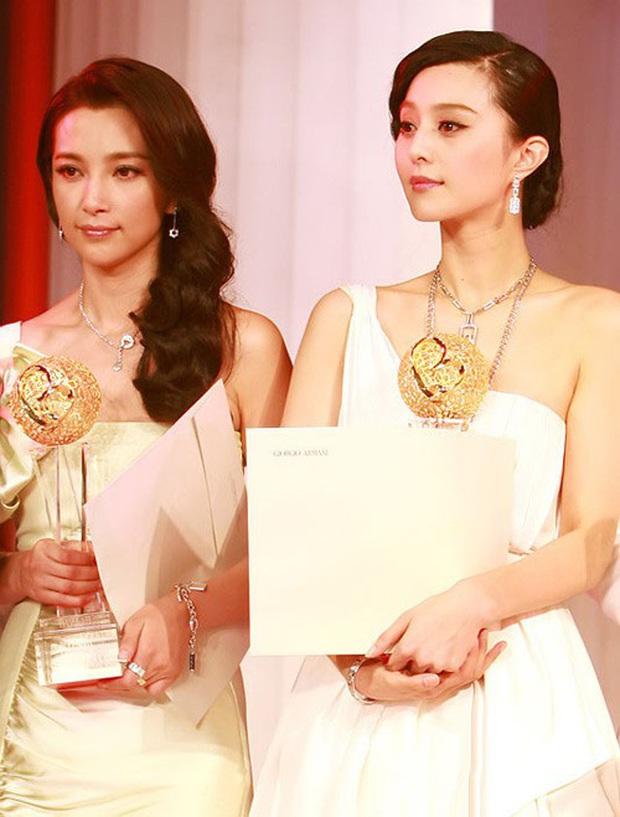 Những nhân vật khiến mỹ nhân châu Á né như né tà: Jennie không gắt bằng Phạm Băng Băng, Lee Hyori cạch mặt đàn anh danh ca - Ảnh 23.