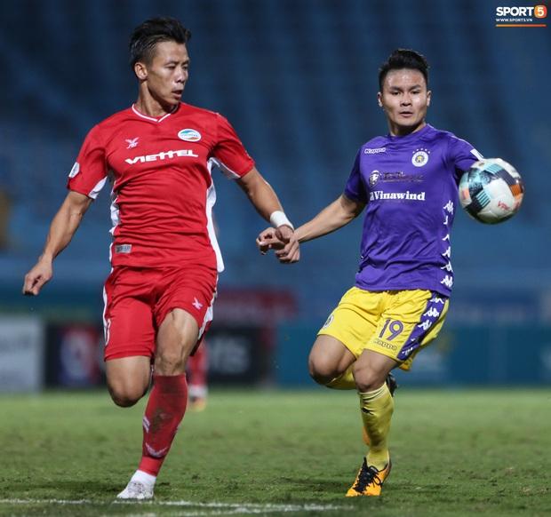 Quế Ngọc Hải nổi đoá, cùng Bùi Tiến Dũng mắng hội đồng cầu thủ Hà Nội FC - Ảnh 10.