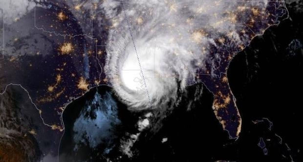 Bão Zeta đổ bộ vào Louisiana, ít nhất 2 người thiệt mạng - Ảnh 1.