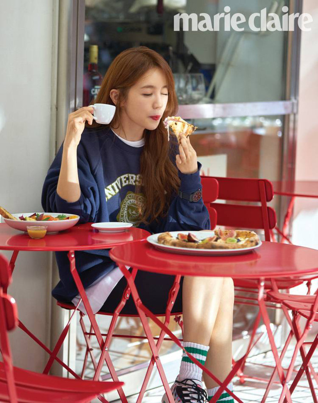 Lộ hậu trường chụp tạp chí của Yoon Eun Hye: Mặt đơ cứng không nhận ra, kéo đến ảnh A cut đã PTS cũng... không cứu nổi - Ảnh 8.