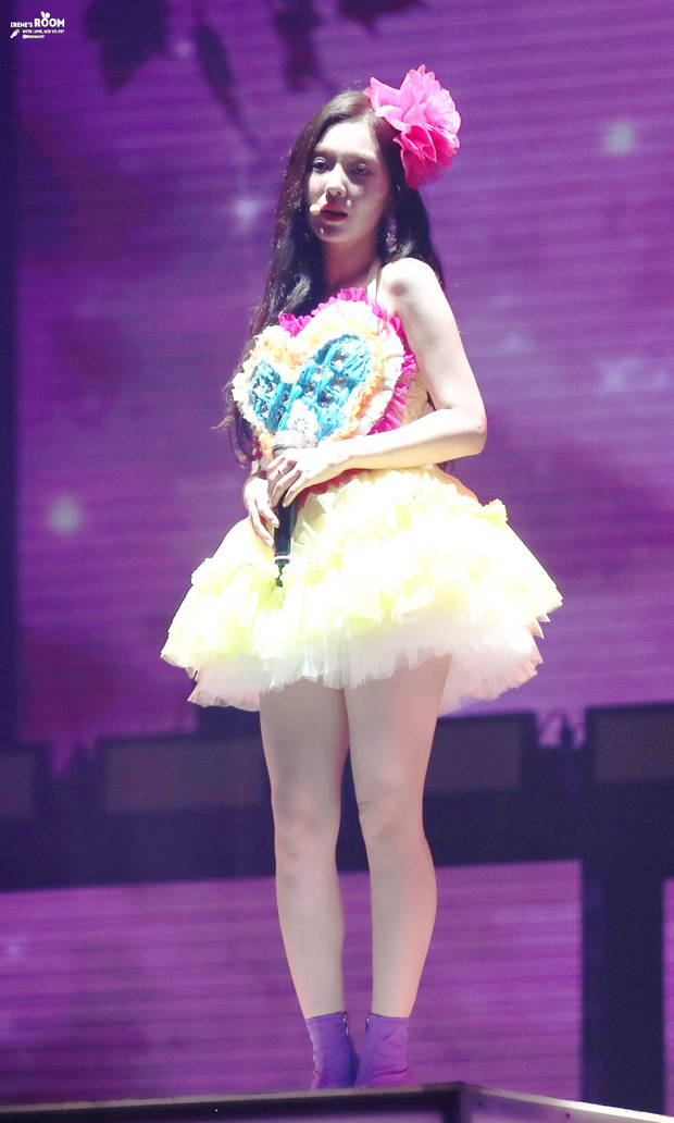 Cùng là 2 bông hoa tai tiếng của SM, nhưng sao style của Irene - Chanyeol lại trái ngược éo le cỡ này? - Ảnh 5.