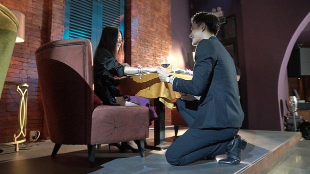 Trai trẻ kém 12 tuổi kè kè cạnh Lệ Quyên trước khi xác nhận ly hôn: Thị vệ trong MV của Chi Pu, mỹ nam gây sốt Người Ấy Là Ai - Ảnh 12.
