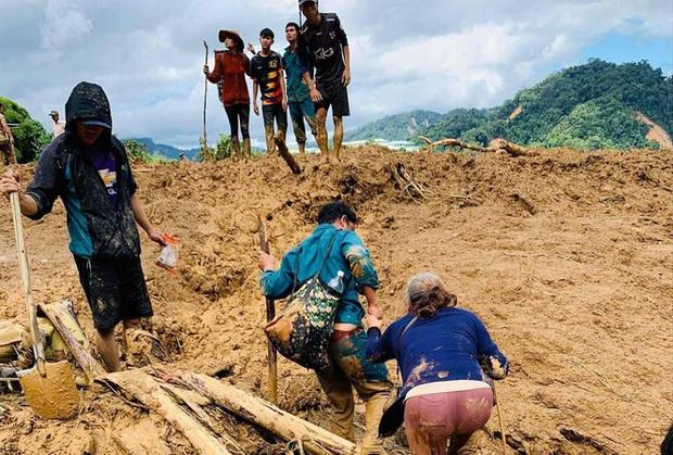 Sạt lở ở Phước Sơn, 11 người mất tích: Chạy bộ suốt đêm để báo tin - Ảnh 1.