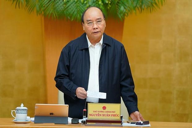 Thủ tướng Nguyễn Xuân Phúc: Hỗ trợ tiền cho người dân sửa nhà sập đổ, hư hỏng nặng - Ảnh 1.
