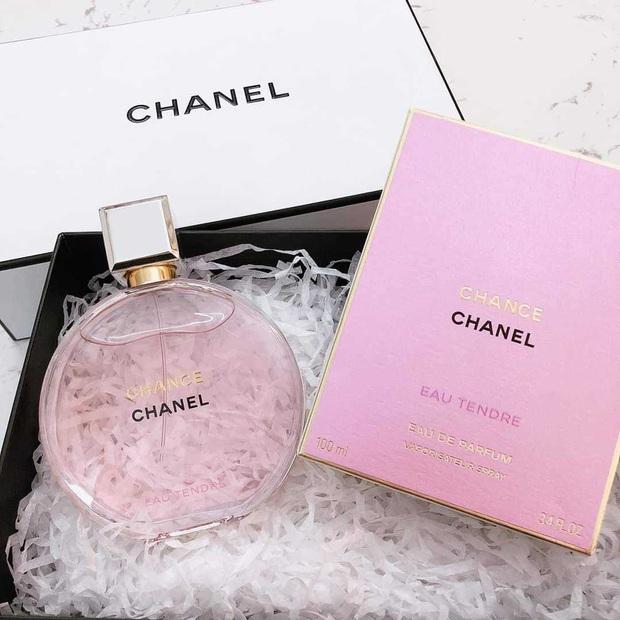 Nàng BTV chỉ ra 5 chai nước hoa Chanel đáng mua nhất cho những nàng công sở thời thượng - Ảnh 5.