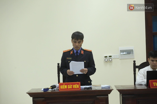 Mẹ mìn bắt cóc bé trai 2 tuổi ở Bắc Ninh bật khóc khi bị tuyên án 5 năm tù - Ảnh 11.