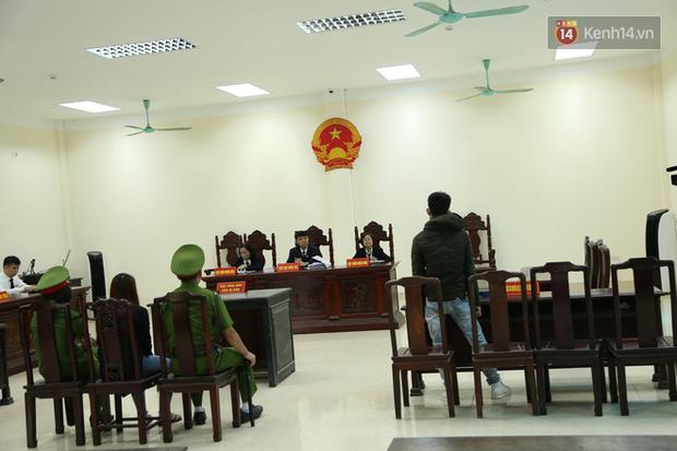 Mẹ mìn bắt cóc bé trai 2 tuổi ở Bắc Ninh bật khóc khi bị tuyên án 5 năm tù - Ảnh 13.
