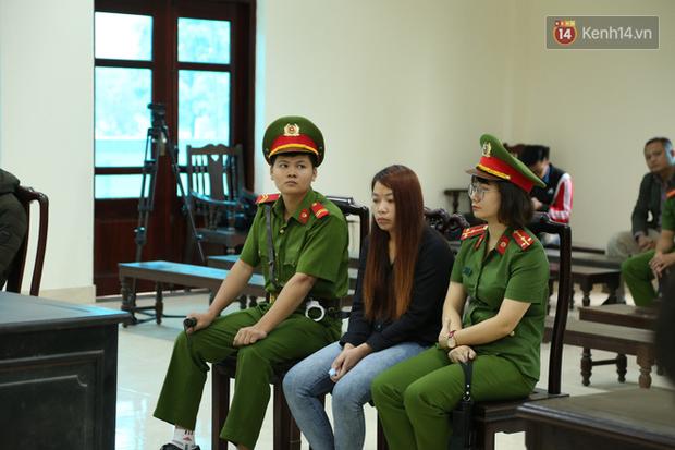 Mẹ mìn bắt cóc bé trai 2 tuổi ở Bắc Ninh bật khóc khi bị tuyên án 5 năm tù - Ảnh 14.