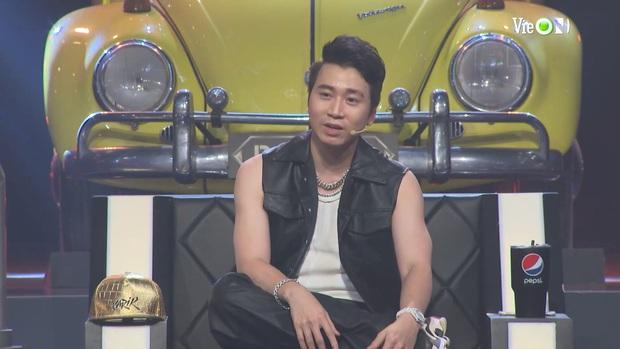 Yuno Bigboi trùm đầu y chang thầy Binz rồi khẳng định Gu Của Anh Là Châu Á, Karik gọi tên Châu Bùi làm Bigcityboi đỏ cả mặt - Ảnh 9.