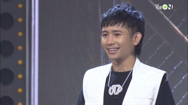 Ricky Star rap Con Nhà Người Ta rồi đi đường quyền đại náo Rap Việt khiến Binz tấm tắc: Ở đâu em cũng là ngôi sao! - Ảnh 1.