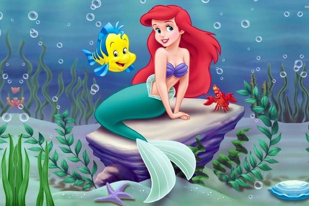 Chi Pu hoá thân thành nàng tiên cá chơi Halloween, netizen lập tức cà khịa chắc đổi giọng hát để lấy đôi chân lên bờ? - Ảnh 1.
