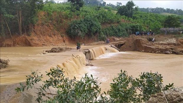Mất liên lạc hoàn toàn với xã Phước Lộc (Phước Sơn, Quảng Nam) - Ảnh 2.