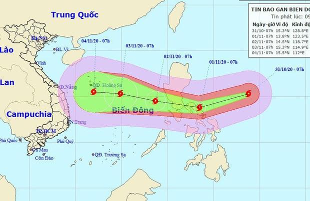 Siêu bão Goni giật trên cấp 17 đang vào Biển Đông - Ảnh 1.