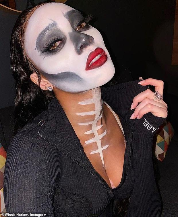Dàn sao thế giới chặt chém Halloween: Nancy (MOMOLAND) hot nhất Kpop, Kylie chơi trội vẫn để thua bà hoàng Heidi Klum - Ảnh 22.