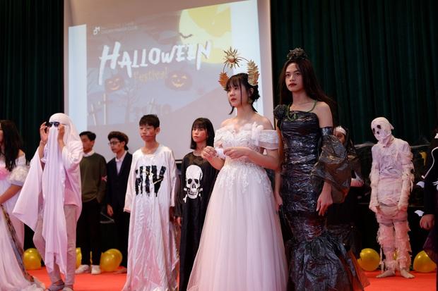 Những màn hóa trang siêu dị của học sinh ngày Halloween, thầy cô cũng lầy lội chẳng kém - Ảnh 6.