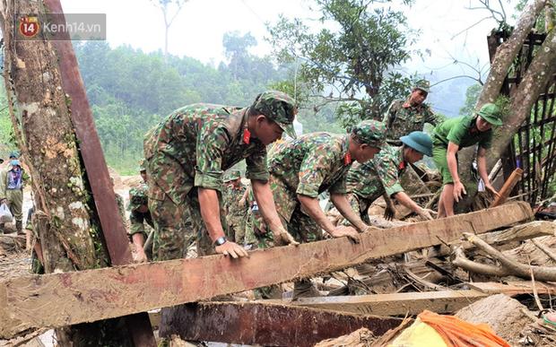 Mưa lớn khiến nhiều nơi ở Trà Leng sạt lở trở lại, đưa chuyên gia địa chất đến hỗ trợ tìm người mất tích - Ảnh 3.