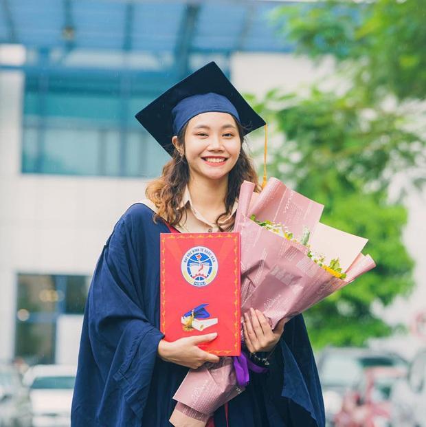 Tân cử nhân Kiểm toán duy nhất của ĐH Kinh tế Quốc dân tốt nghiệp thần tốc sau 3 năm, vừa nhận bằng Giỏi vừa là Đảng viên - Ảnh 1.