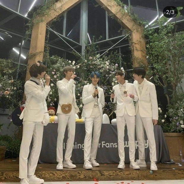 Nhóm nhạc em trai BTS gây sốt với tỷ lệ cơ thể cực đỉnh, toàn chân phái đúng nghĩa khiến dân mạng phát cuồng - Ảnh 7.