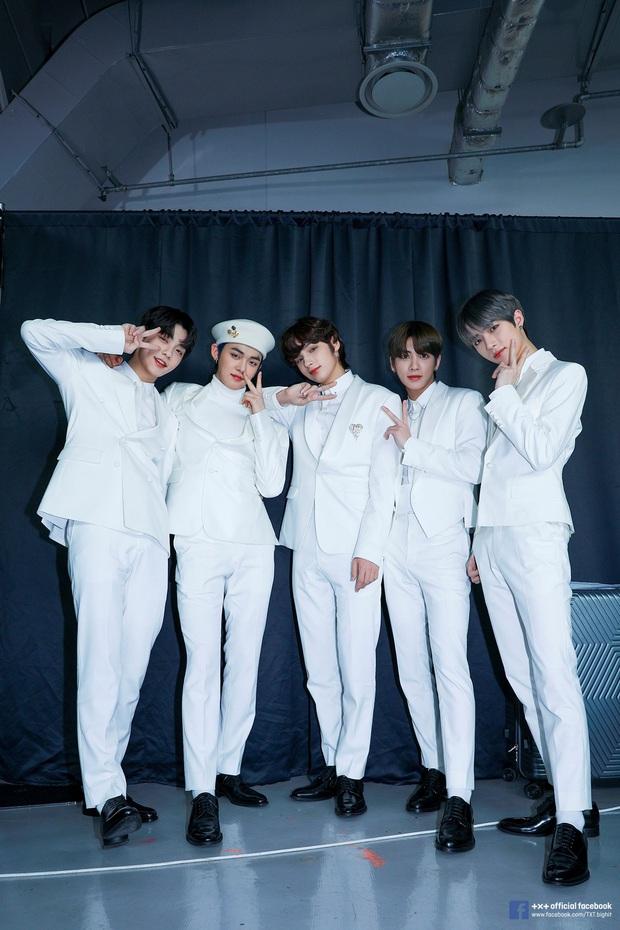 Nhóm nhạc em trai BTS gây sốt với tỷ lệ cơ thể cực đỉnh, toàn chân phái đúng nghĩa khiến dân mạng phát cuồng - Ảnh 3.