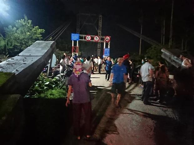 Tai nạn thảm khốc trong đêm khiến 5 người thiệt mạng - Ảnh 2.